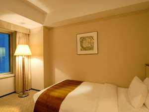小田急ホテルセンチュリーサザンタワー スタンダードシングルルーム:22階~35階(19平米)