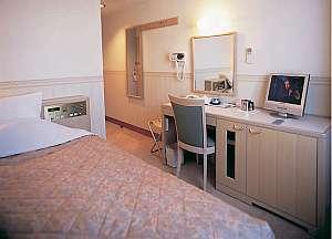 ホテルアルカトーレ六本木 ゆとりのベッド幅140cm