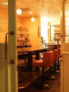 サクラ・フルール青山 異国情緒溢れるカフェでほっと一息…